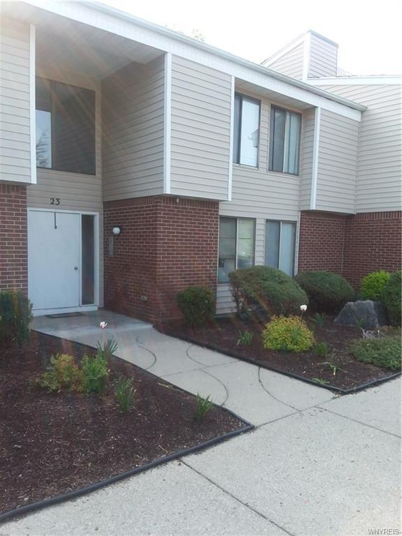 23 Coolbrook Court A, Amherst, NY 14051 (MLS #B1120598) :: Updegraff Group