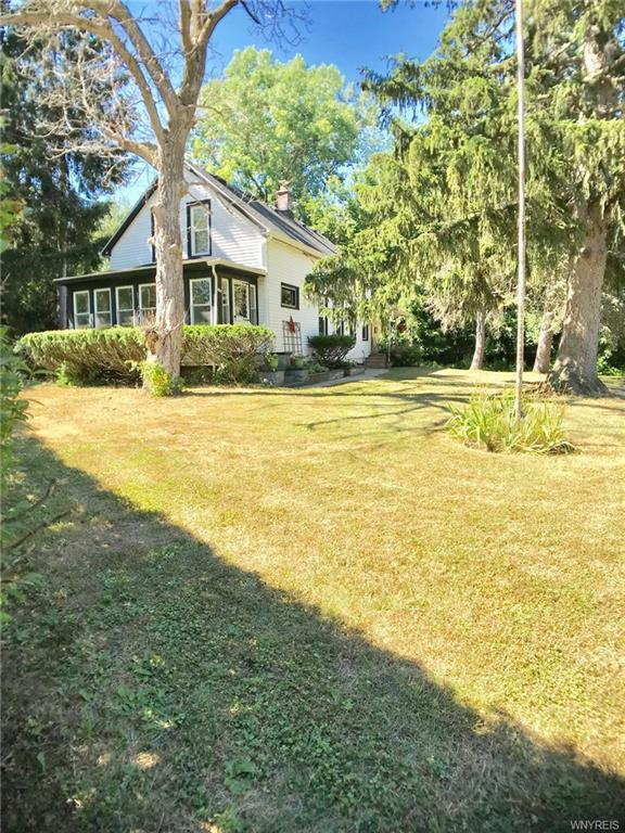 8290 Stahley Road, Clarence, NY 14051 (MLS #B1135388) :: The Rich McCarron Team