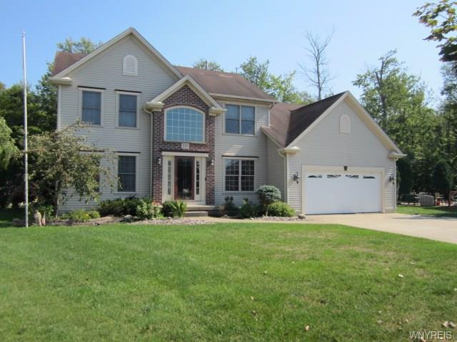 10 Peachtree Court, Lancaster, NY 14086 (MLS #B1149768) :: BridgeView Real Estate Services