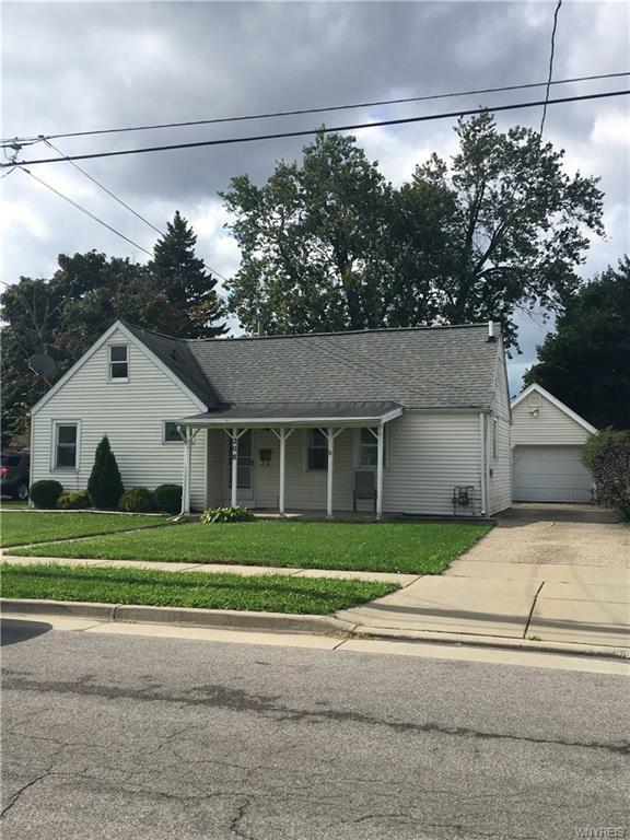 208 Barnsdale Avenue, West Seneca, NY 14224 (MLS #B1154406) :: The CJ Lore Team | RE/MAX Hometown Choice