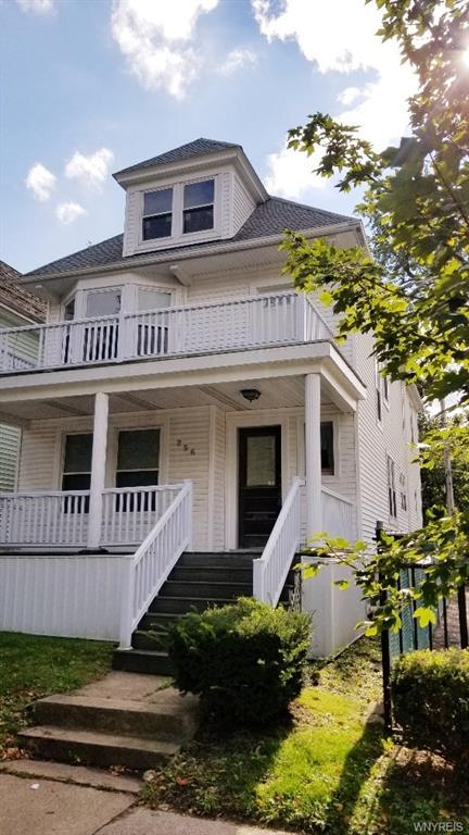 256 W Utica Street, Buffalo, NY 14222 (MLS #B1154656) :: The CJ Lore Team | RE/MAX Hometown Choice