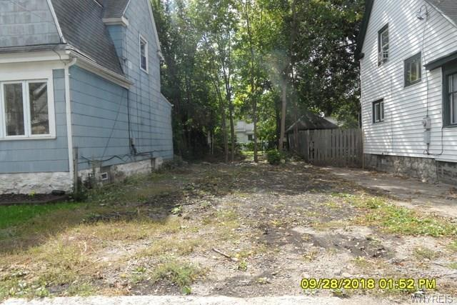 93 Mayer Avenue, Buffalo, NY 14207 (MLS #B1155640) :: Robert PiazzaPalotto Sold Team