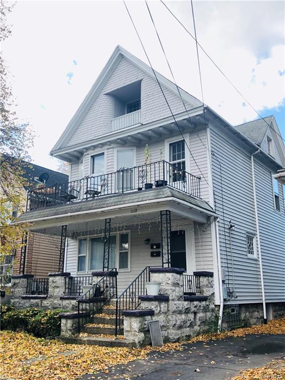 1118 West Avenue, Buffalo, NY 14213 (MLS #B1160415) :: Robert PiazzaPalotto Sold Team