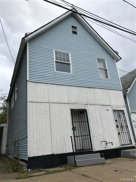 324 Box Avenue, Buffalo, NY 14211 (MLS #B1168237) :: BridgeView Real Estate Services