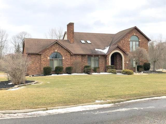 2832 Thornwoods Drive, Wheatfield, NY 14304 (MLS #B1174235) :: BridgeView Real Estate Services