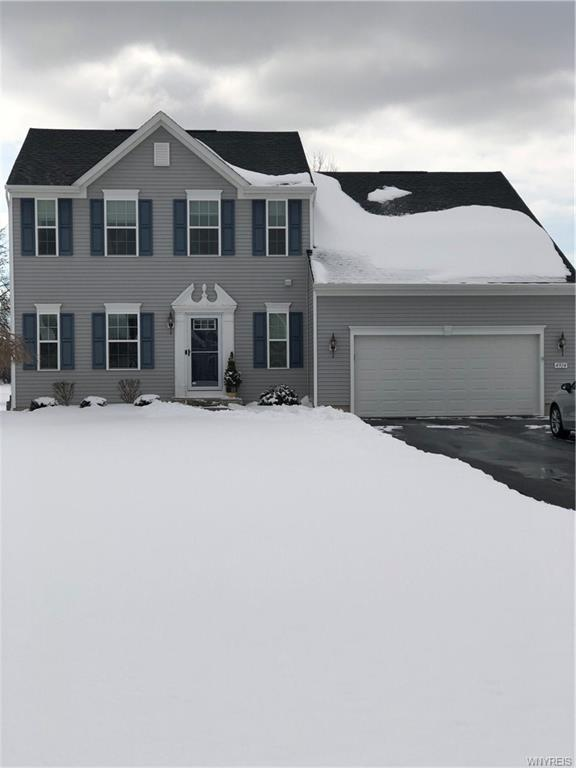 4914 Cloverleaf Lane, Pendleton, NY 14094 (MLS #B1176002) :: BridgeView Real Estate Services