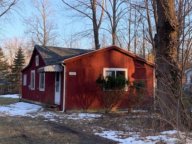 9731 Lake Shore Road, Evans, NY 14006 (MLS #B1178128) :: Updegraff Group