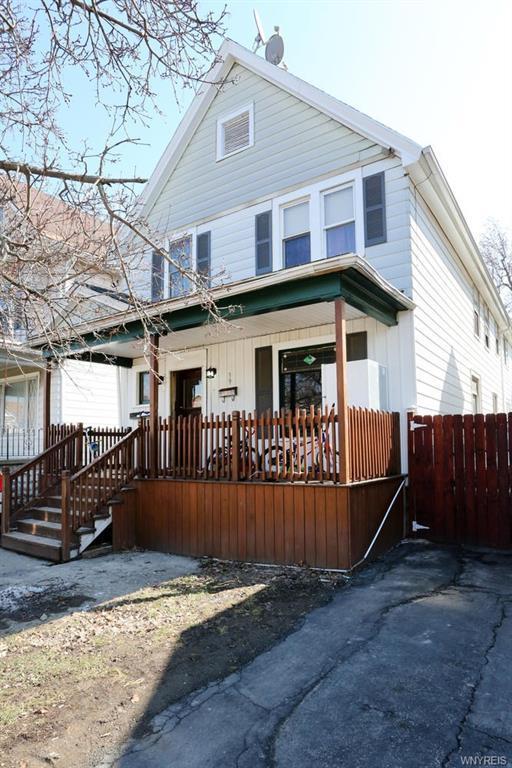 39 Burch Avenue, West Seneca, NY 14210 (MLS #B1179137) :: Updegraff Group