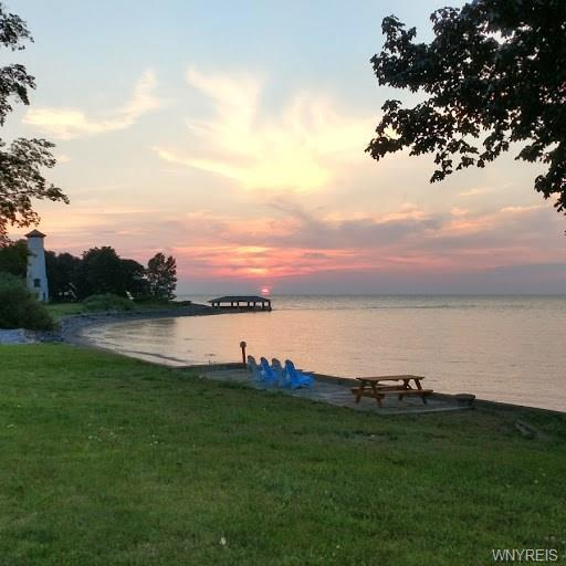7180 Lake Shore Road, Evans, NY 14047 (MLS #B1179441) :: Updegraff Group