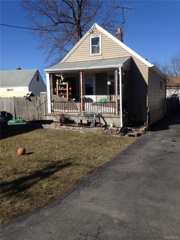 2926 Portland Street, Niagara, NY 14305 (MLS #B1180413) :: Robert PiazzaPalotto Sold Team