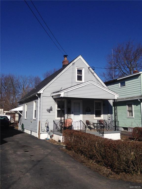 2928 Portland Street, Niagara, NY 14305 (MLS #B1180440) :: Robert PiazzaPalotto Sold Team