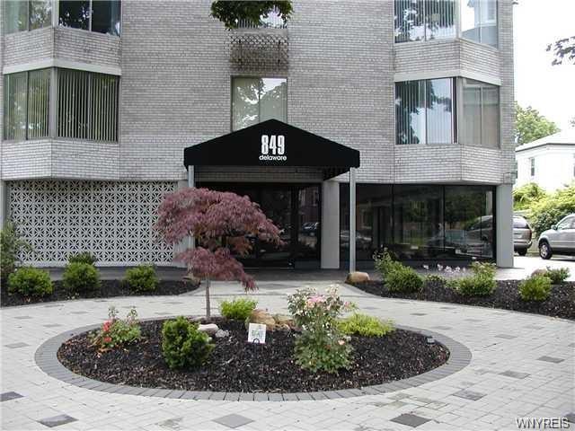 849 Delaware Avenue #403, Buffalo, NY 14209 (MLS #B1190231) :: 716 Realty Group