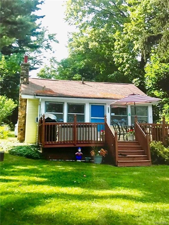 4057 Private Drive 2, Castile, NY 14550 (MLS #B1195625) :: Robert PiazzaPalotto Sold Team