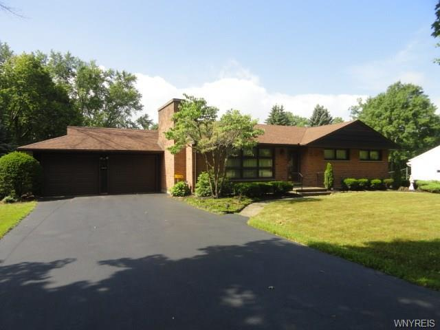 906 Escarpment Drive, Lewiston, NY 14092 (MLS #B1211118) :: Robert PiazzaPalotto Sold Team