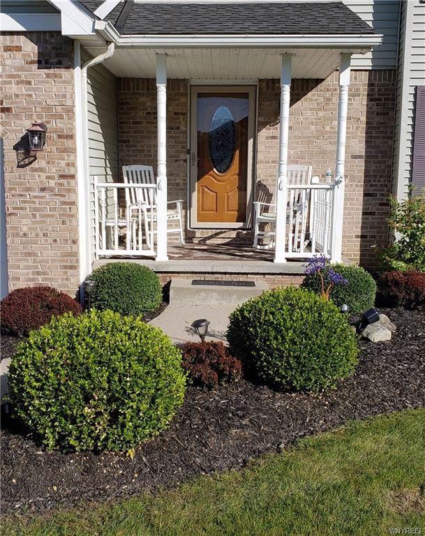 7357 Winbert Drive, Wheatfield, NY 14120 (MLS #B1231672) :: Updegraff Group