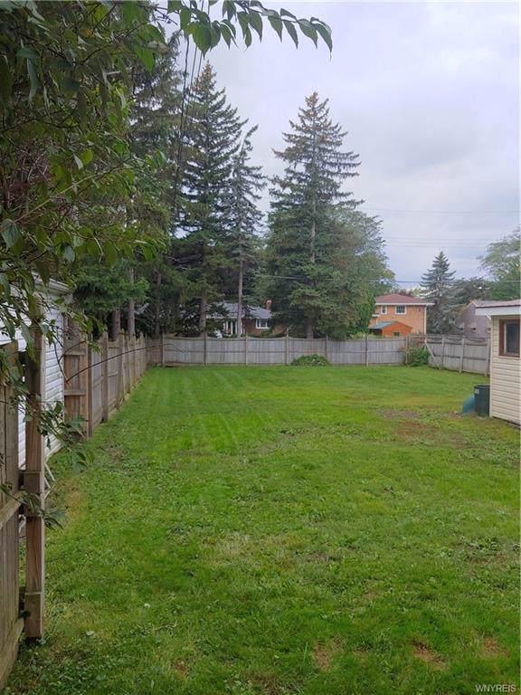 696 Niagara Parkway, North Tonawanda, NY 14120 (MLS #B1238203) :: The CJ Lore Team | RE/MAX Hometown Choice