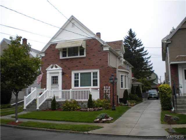77 Euclid Avenue, Cheektowaga, NY 14211 (MLS #B1239616) :: Updegraff Group