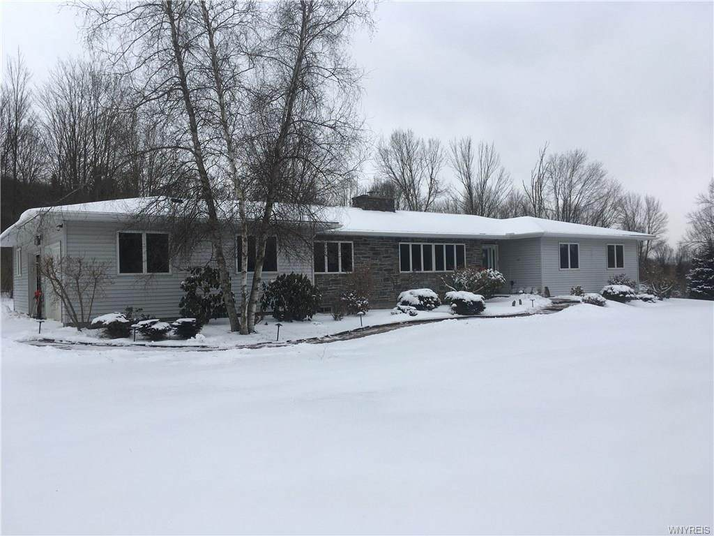 3299 Valley View Drive - Photo 1