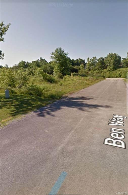 4823 Ben Way, Royalton, NY 14094 (MLS #B1274486) :: Robert PiazzaPalotto Sold Team