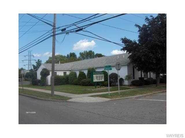 5604 Lindbergh Avenue, Niagara Falls, NY 14304 (MLS #B1315093) :: MyTown Realty