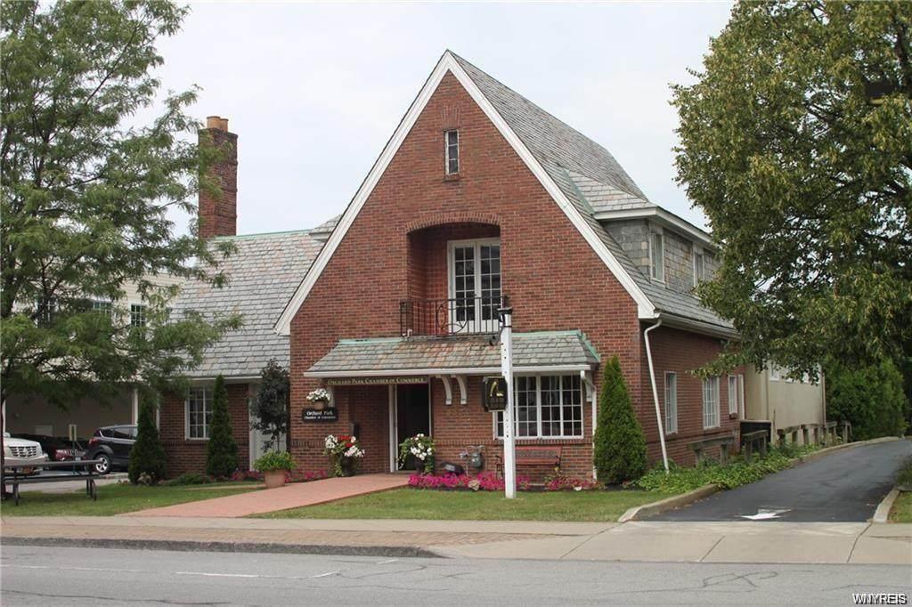 6524 Quaker Street - Photo 1