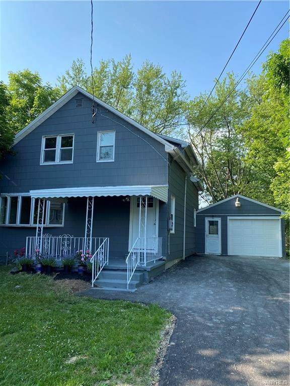 200 Summit Avenue, Orchard Park, NY 14127 (MLS #B1344119) :: BridgeView Real Estate Services