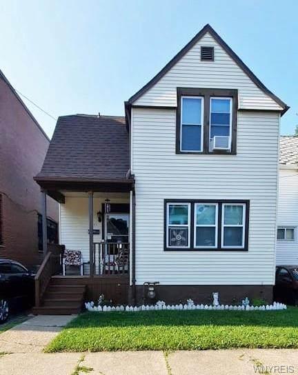 734 Spruce Avenue, Niagara Falls, NY 14301 (MLS #B1355812) :: Robert PiazzaPalotto Sold Team
