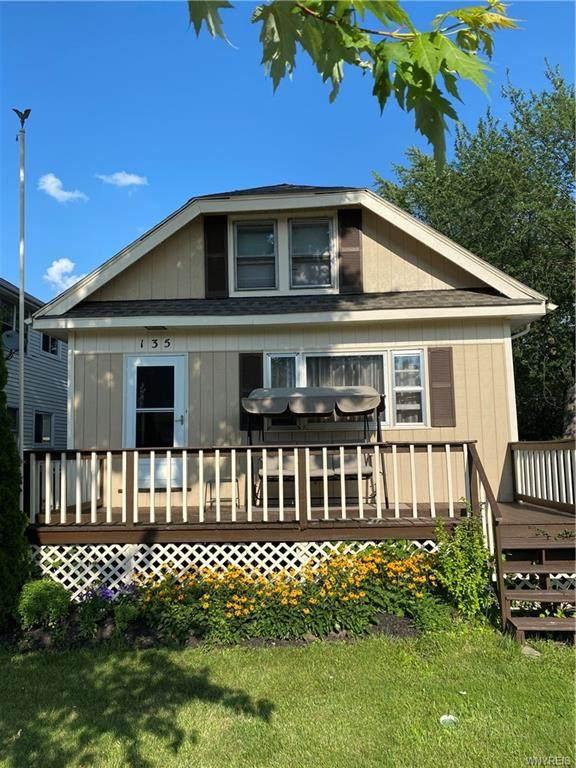 135 Lyndale Avenue, Tonawanda-Town, NY 14223 (MLS #B1357810) :: 716 Realty Group