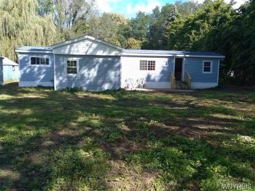 8435 Ridge Road, Hartland, NY 14067 (MLS #B1369855) :: Serota Real Estate LLC