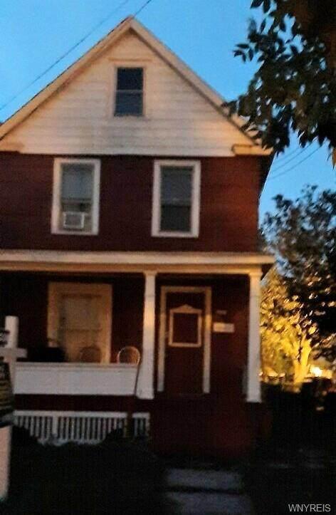 1820 Pierce Avenue, Niagara Falls, NY 14301 (MLS #B1373807) :: MyTown Realty