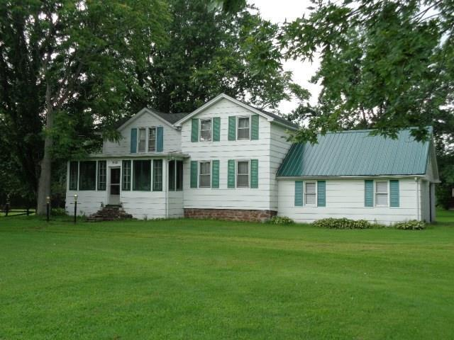 3021 Lake Road N, Clarkson, NY 14420 (MLS #R1069608) :: Robert PiazzaPalotto Sold Team