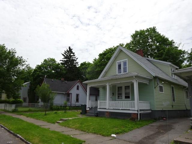 367 Hawley, Rochester, NY 14611 (MLS #R1100327) :: Robert PiazzaPalotto Sold Team