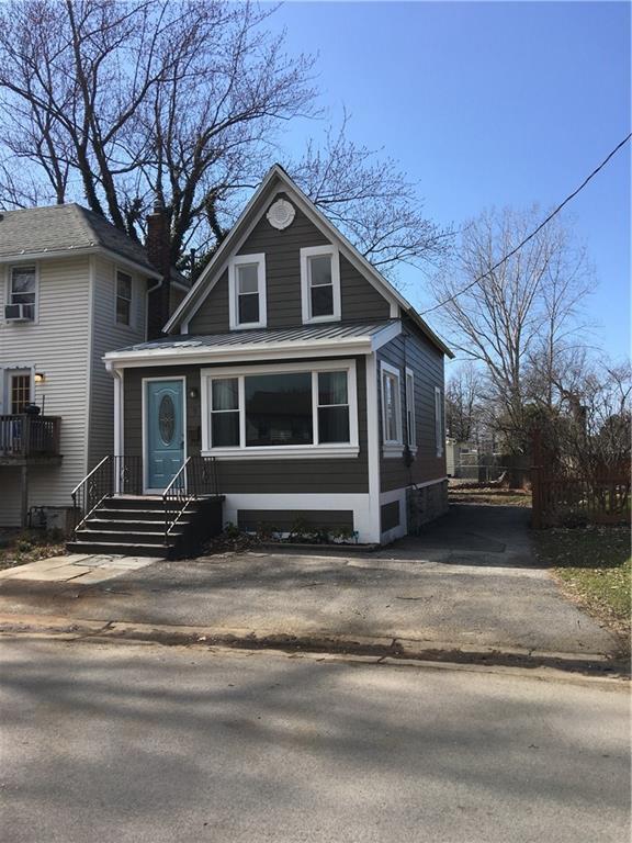 9 2nd Street, Irondequoit, NY 14617 (MLS #R1109788) :: The CJ Lore Team | RE/MAX Hometown Choice
