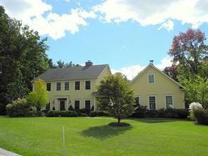 19 Hunt Club Drive, Mendon, NY 14472 (MLS #R1117754) :: BridgeView Real Estate Services