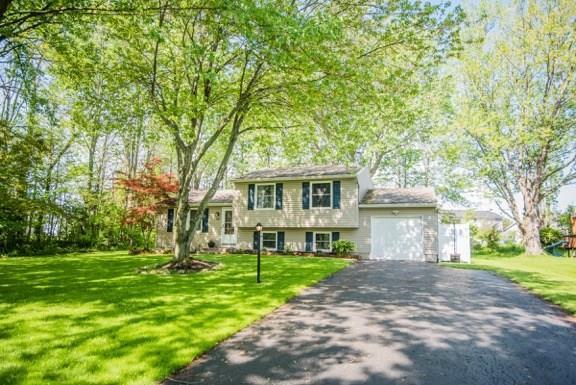 30 Ridge Meadows Drive, Ogden, NY 14559 (MLS #R1120740) :: Updegraff Group