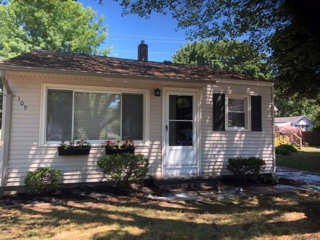 109 Clearview Road, Greece, NY 14616 (MLS #R1134536) :: The CJ Lore Team | RE/MAX Hometown Choice