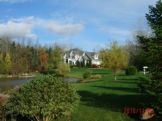 26 Fawn Meadow Drive, Hamlin, NY 14464 (MLS #R1135211) :: Robert PiazzaPalotto Sold Team