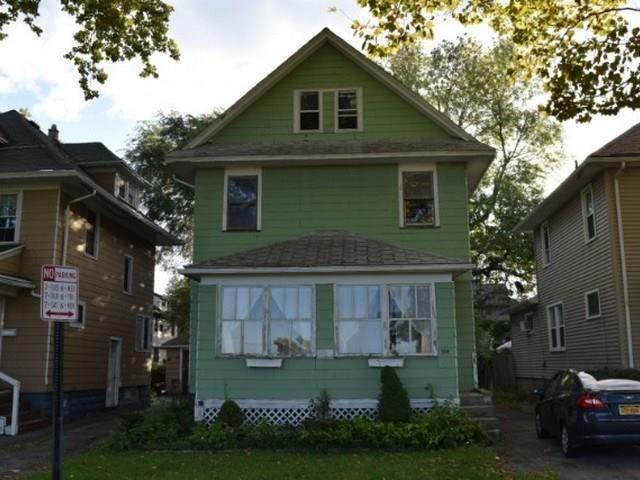 104 Argo Park, Rochester, NY 14613 (MLS #R1154054) :: Robert PiazzaPalotto Sold Team