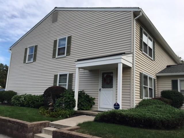24 Arrowhead S, Perinton, NY 14450 (MLS #R1155417) :: Updegraff Group