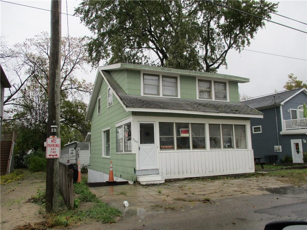 969-971 Shore Drive - Photo 1