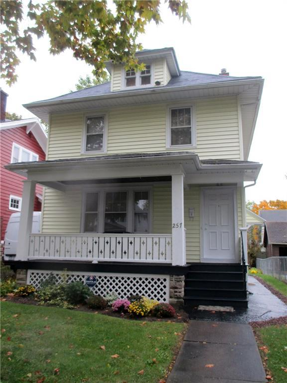 257 Ravenwood Avenue, Rochester, NY 14619 (MLS #R1157888) :: The Rich McCarron Team