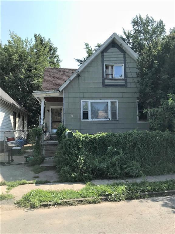 81 Brayer Street, Rochester, NY 14606 (MLS #R1159789) :: BridgeView Real Estate Services