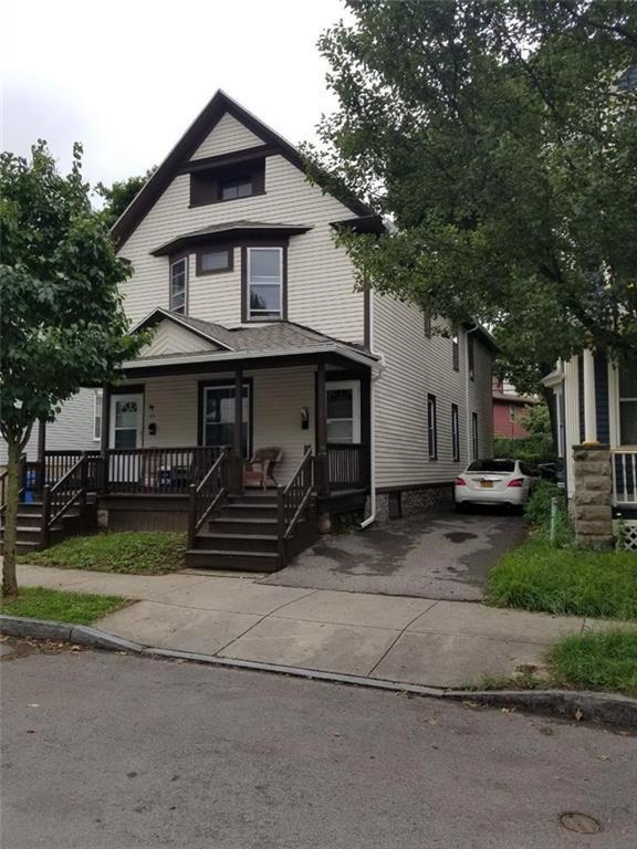 93 Asbury Street, Rochester, NY 14620 (MLS #R1162061) :: Updegraff Group