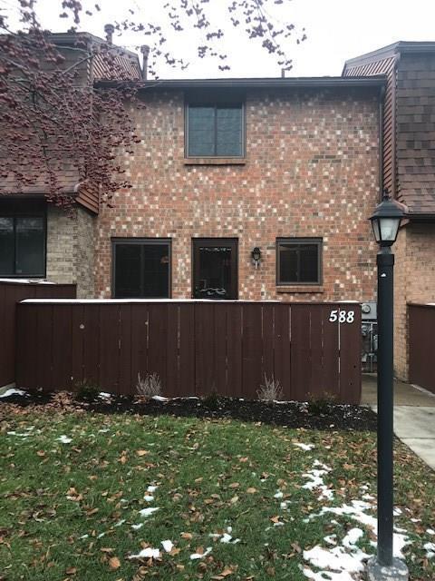 588 Surrey Hill Way, Henrietta, NY 14623 (MLS #R1162383) :: Robert PiazzaPalotto Sold Team