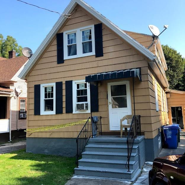 196 4th Street, Rochester, NY 14605 (MLS #R1170889) :: BridgeView Real Estate Services