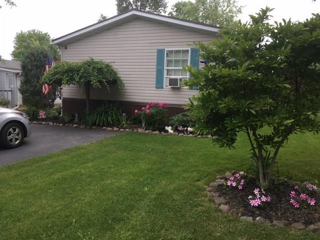 272 Sunset Drive, Clarendon, NY 14470 (MLS #R1178563) :: The CJ Lore Team | RE/MAX Hometown Choice