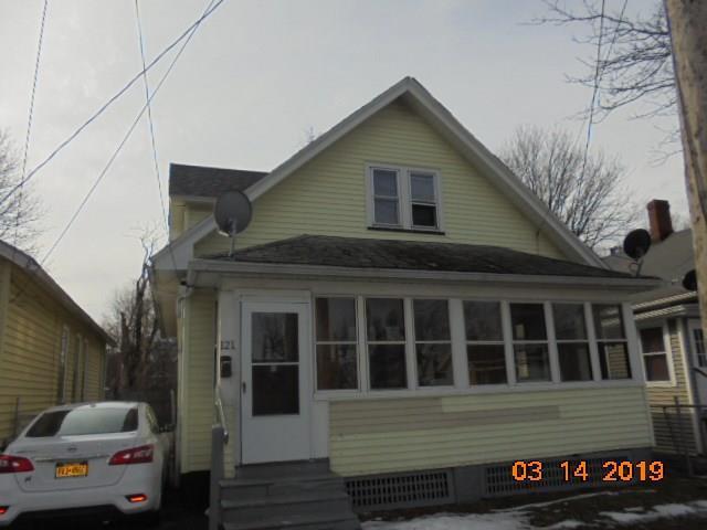 121 Scrantom Street, Rochester, NY 14605 (MLS #R1180538) :: The Chip Hodgkins Team