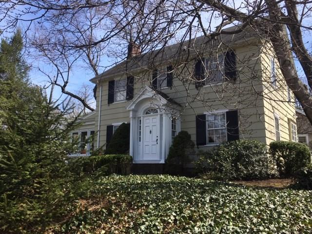 19 Eastview Terrace, Pittsford, NY 14534 (MLS #R1185859) :: Robert PiazzaPalotto Sold Team