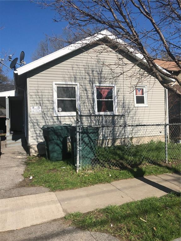11 Henry Street, Rochester, NY 14605 (MLS #R1187930) :: Robert PiazzaPalotto Sold Team