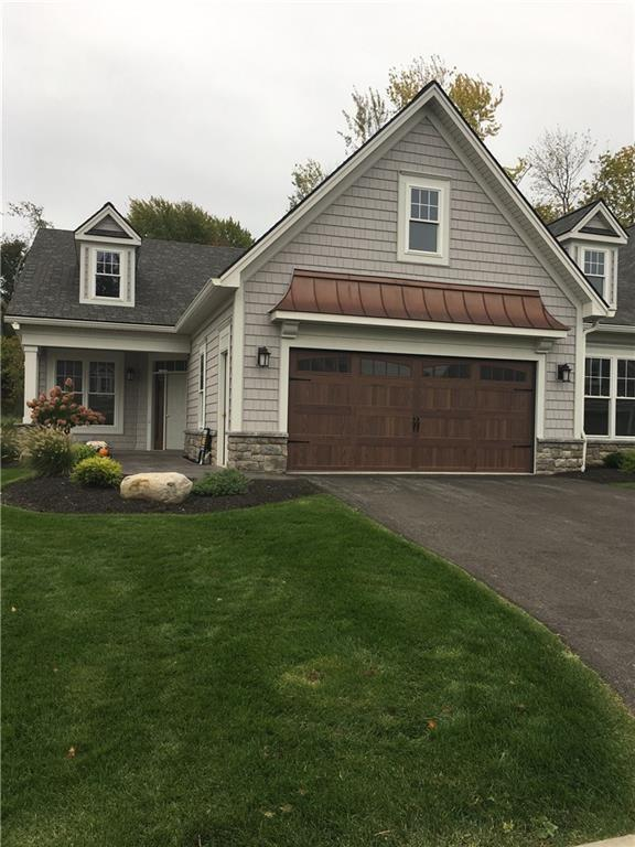 15 Greenpoint, Pittsford, NY 14534 (MLS #R1198427) :: The Rich McCarron Team